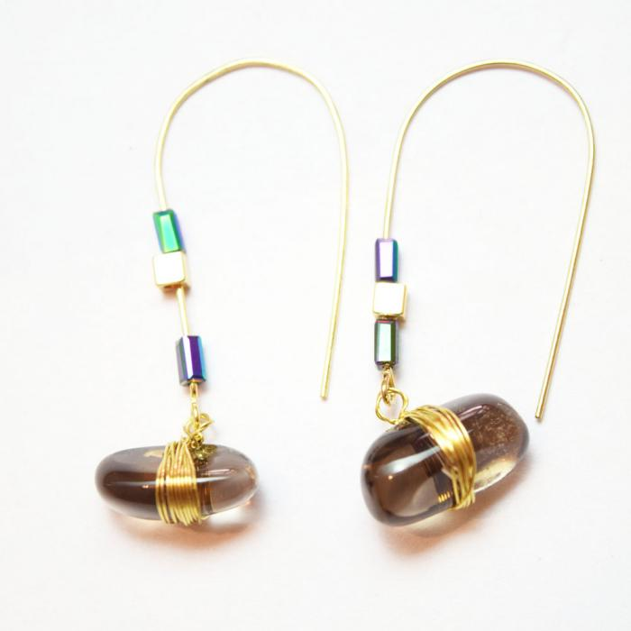 Stone wire relic charm earrings